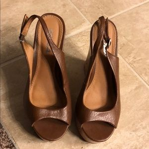 Platform wedges!  Camel colored, size 6